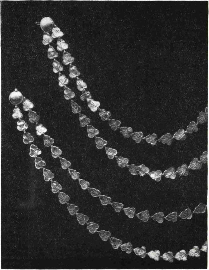9. Ожерелье из листиков плюща из Помпеи
